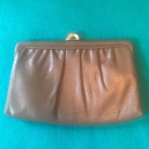 VTG Leather Clutch w/ Convertible Shoulder Chain